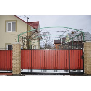 Ворота в'їзні відкатні BramaMaster з металопрофілю